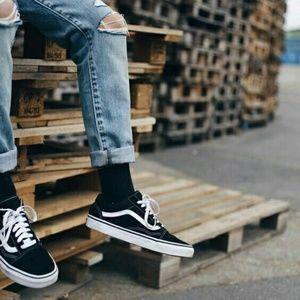 Vans Mens old skool black and white suede sneakers